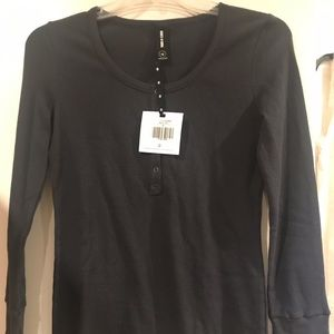 NWT Navy Thermal by Agnes and Dora XL